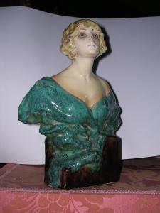 Dama invetriata, décò, 31 cm,  Fondaz. M. Arpino 1