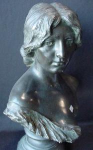 Nannina, 55 cm con base, coll.priv.