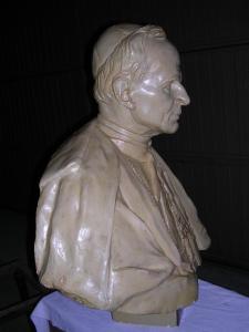 il Cardinale gesso, 60 cm, Fondaz. M.Arpino
